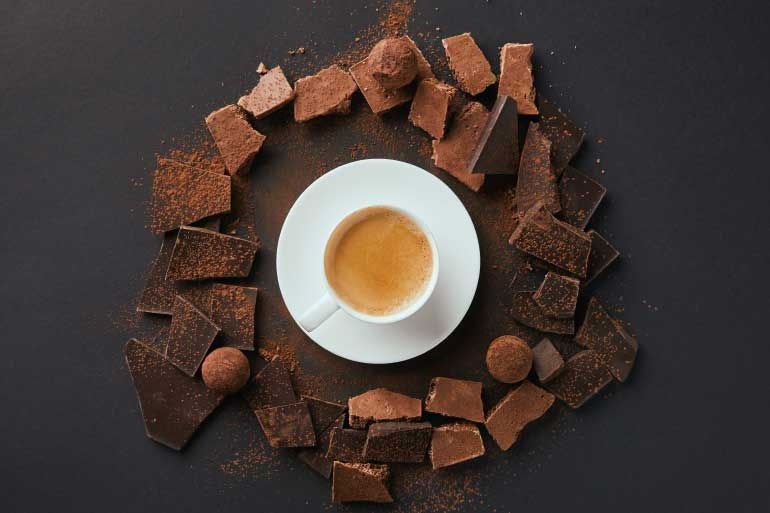 coffee and chocolate - foods to avoid for kidney health