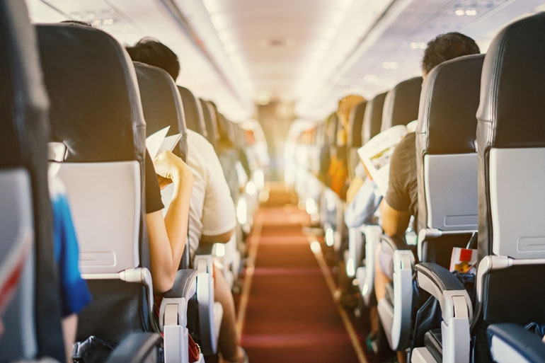 Passengers in flight, boost your immune system before travel